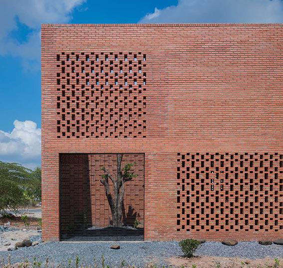استفاده از آجر در نمای ساختمان های شهر قزوین الزامی است