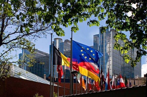 اقتصاد اروپا بر چه صنایعی متکی است؟