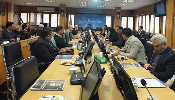 اولین جلسه همایش نما با حضور تولیدکنندگان پوششهای ساختمانی برگزار شد/ پیگیری مطالبات بخش خصوصی در اولین همایش نما