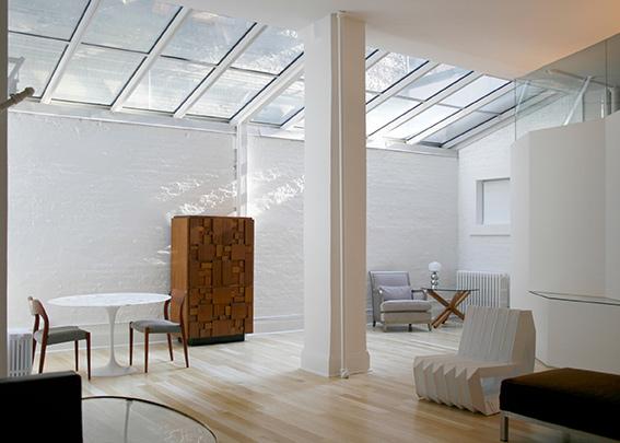 """""""پنجره سقفی"""" پدیدهای جدید برای سقف خانهها"""