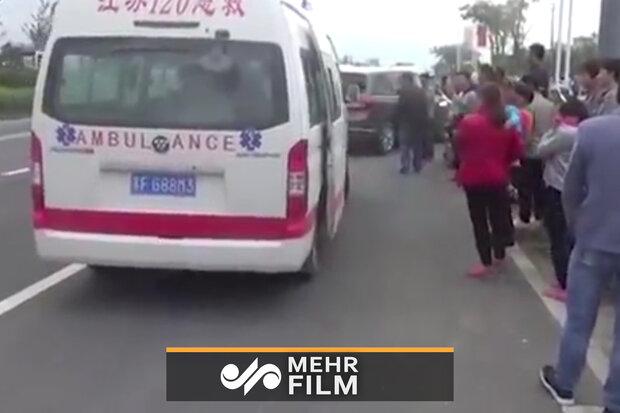 سقوط یک کودک دوساله از طبقه پنجم