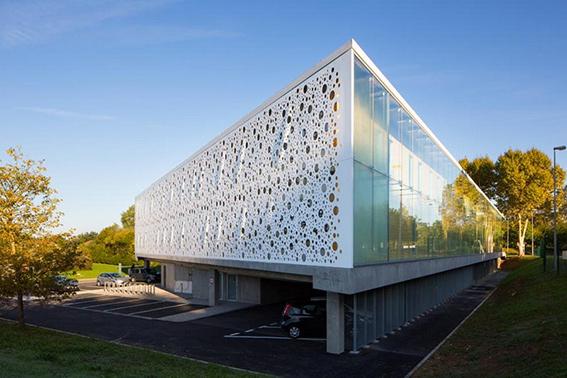 ایجاد و طراحی نمای مدرن برای ساختمان