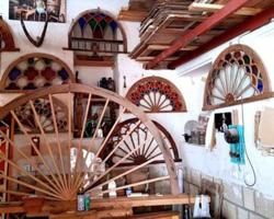 کارگاه ساخت و مرمت پنجره های رنگی بافت تاریخی بوشهر
